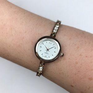 Vintage silver rhinestone watch quartz Japan mvmt